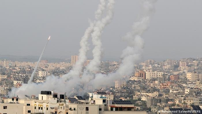 İsrail saldırılarında ölen Filistinli sayısı 200'ü geçti