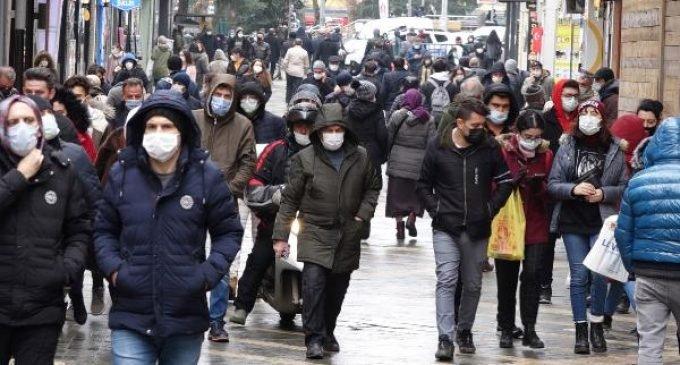 İstanbul'da bazı bölgelerde vaka patlaması yaşandı: 'İstanbul'da şu an 100 bine yakın aktif vaka var'