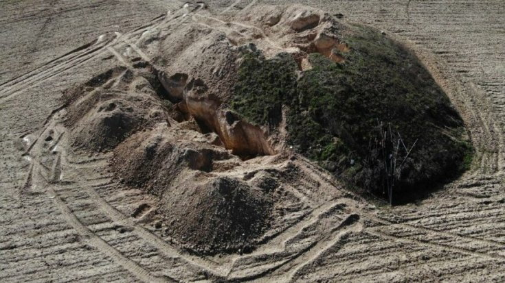 Manisa'da 2 bin 700 yıllık tümülüsler yok olma tehlikesiyle karşı karşıya