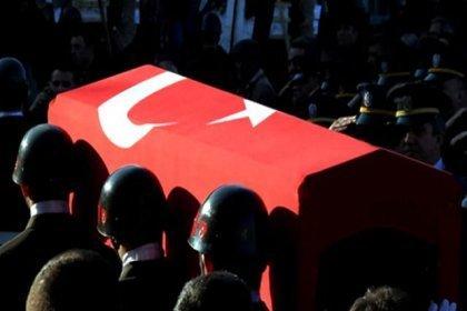 MSB; Şemdinli'de 12 Nisan'da dereye düşerek yaralanan Piyade Uzman Çavuş Ramazan Günaydın'ın bugün şehit olduğunu duyurdu
