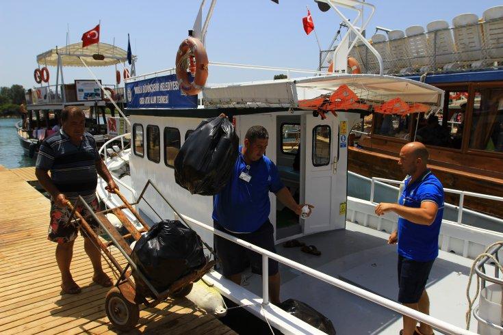Muğla'da denizden 2 milyon 585 bin 970 kg atık toplandı