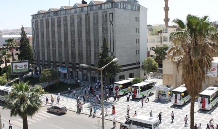 'Şanlıurfa'da AKP'nin il ve ilçe binalarının kiralarını belediye ödüyor' iddiası