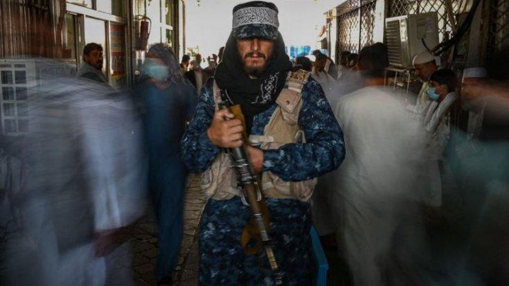 Taliban, direnişteki Pençşir Vadisi'nde tüm kontrolü sağladığını duyurdu