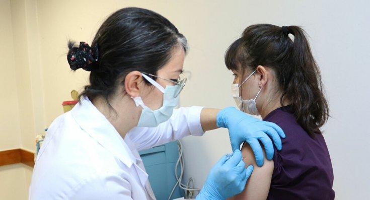 Türkiye'de yapılan koronavirüs aşısı 20 milyonu geçti