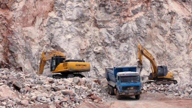 Urfa'da göçük altında kalan kepçe operatörü hayatını kaybetti