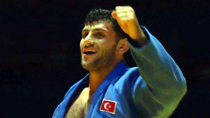 Vedat Albayrak, Büyükler Avrupa Judo Şampiyonası'nda altın madalya kazandı