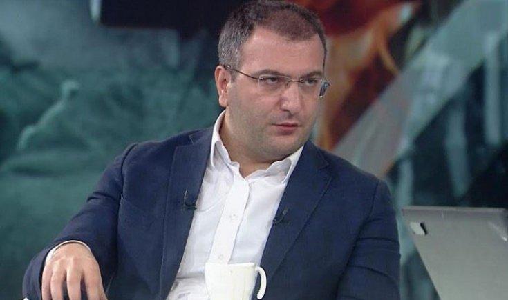 Yandaş Cem Küçük bile pahalılığa isyan etti: 'Fiyatlar can yakıyor, bugün 3 bin lirayla geçinmek imkansız ötesi bir şey'