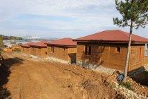 AKP'li belediyenin bungalov evleri çürümeye terk edildi