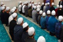 KKTC muhalefetinden Ankara'ya 'Kuran kursu' tepkisi: Kıbrıs Türk halkı sünni İslam gericiliğine ve siyasal İslam'ın karanlık inançlarına boyun eğmeyecektir