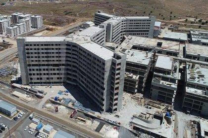 3 yılda biteceği açıklanan şehir hastanesi 8 yıldır tamamlanamadı