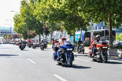 400 motosiklet tutkunu başkentte gaziler için turladı