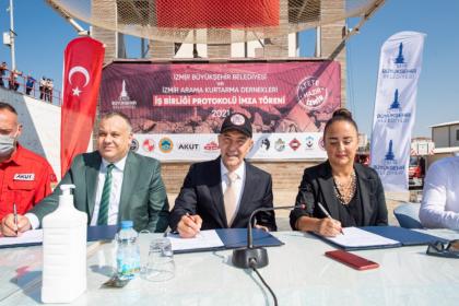 Afete hazır İzmir için 12 STK ile protokol imzalandı
