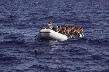 Akdeniz'de mülteci botu alabora oldu: 43 kişi hayatını kaybetti