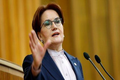 Akşener: Siyasetçi milletiyle kürsüden attığı nutukla helalleşmez, sandıkta helalleşir
