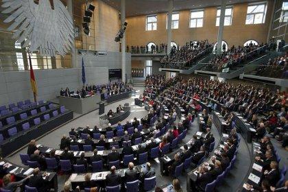 Almanya seçimlerinde parlamentoya girmeyi başaran Türkiye kökenli adaylar kimler?