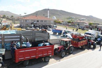 Ankara'da 2 bin 269 çiftçiye buğday ve arpa tohumları teslim edildi