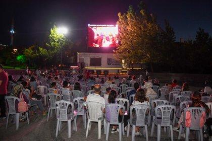 Ankaralılar, 'Açık Hava Sinema Günleri' etkinliği ile nostalji yolculuğuna çıkıyor
