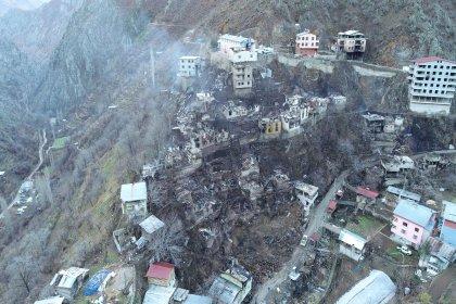Artvin'de köydeki yangın felaketinin boyutu, gün ağarınca ortaya çıktı