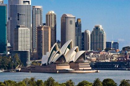 Avustralya'nın en büyük şehri Sidney'e kapanma kısıtlamalarının uygulanması için askeri müdahale