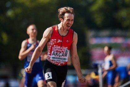 Berke Akçam Avrupa 20 Yaş Altı Atletizm Şampiyonası 400 Metre Engellide altın madalya kazandı
