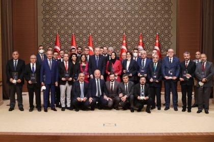 Beştepe'de 'medya ödülleri' töreni: Hilal Kaplan, Fahrettin Altun ve Abdulkadir Selvi'ye ödül