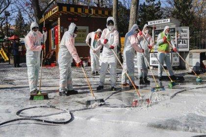 Bilim Kurulu üyesinden belediyelere uyarı: Yolların sabunlu su ile yıkanmasının pandemi ile mücadelede etkisi yok