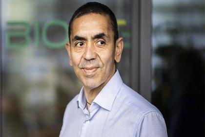 BioNTech CEO'su Uğur Şahin açıkladı: Üçüncü doz denemelerine başlanacak