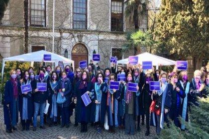 Boğaziçili kadın akademisyenler Melih Bulu'nun istifasını istedi