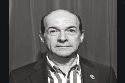 Çevirmen Yaşar İlksavaş hayatını kaybetti