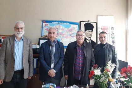 CHP Aydın Milletvekili Süleyman Bülbül, Birleşik Kamu İş Konfederasyonu MYK üyesi Hasan Kütük ve İstanbul İl Başkanı Alkoç Turan Başgönül'den İstanbul Gerçeği'ne ziyaret