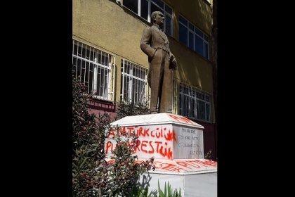 CHP sözcüsü Öztrak'tan Marmaraereğlisi'nde Atatürk büstüne çirkin saldırıya tepki; 'Atatürk büstüne yapılan saldırıyı lanetliyorum'