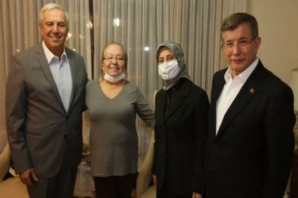 Davutoğlu'ndan Orhan Uğuroğlu'na geçmiş olsun ziyareti