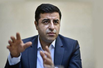 Demirtaş: Bana bu kumpasları kuran siyasetçisi, medya mensubu, hakimi, savcısı kim varsa yargı önünde hesap verecek