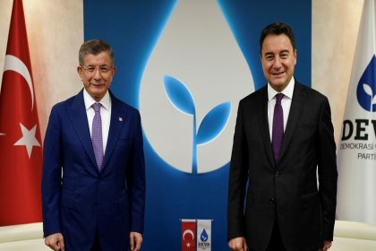 'DEVA ve Gelecek birleşecek' iddiasına Babacan'dan yalanlama