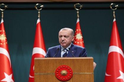 Erdoğan; 'Bu ülkenin gençlerinin diledikleri seviyeye kadar eğitim görmelerini sağlayacak imkânı da, altyapıyı da biz kurduk'