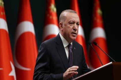 Erdoğan; ''Gazi Mustafa Kemal'in milli mücadelenin en kritik safhalarından biri olan Sakarya'da söylediği 'Hattı müdafaa yoktur, sathı müdafaa vardır' ilkesi ülkemiz için hala geçerlidir''