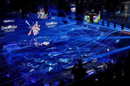Eurovision Şarkı Yarışması'nda temsilcilerinde koronavirüs saptanan ülkeler 'banttan' yarışacak
