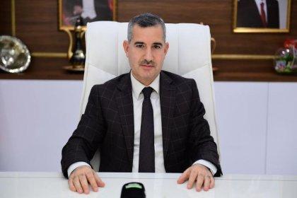 Gri pasaport skandalıyla gündeme gelen AKP'li başkan 950 bin TL'ye ekrana çıkacak