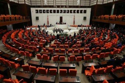 Gri pasaportla yurt dışına insan kaçırılması nedeniyle meclise verilen araştırma önergesi, AKP ve MHP oylarıyla reddedildi