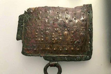 Gümüşhane'deki antik kentte Urartu savaşçı kemeri bulundu