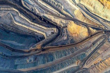 İklim krizi: Hükümetler 2030'a kadar vaatlerinin iki katı fosil yakıt üretimi planlıyor