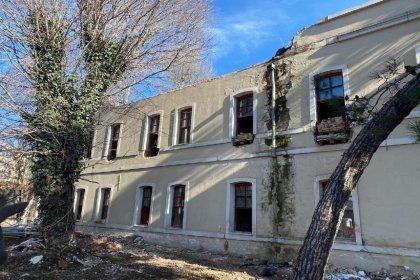 İmamoğlu: Bakanlık ısrarla Osmanlı mirası yapıyı yıkıyor, tüm ilgililer hakkında suç duyurusunda bulunacağız