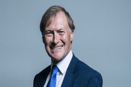 İngiliz milletvekili David Amess bıçaklı saldırıda hayatını kaybetti