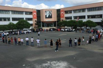 İstanbul'da okul hoparlöründen ezan okundu