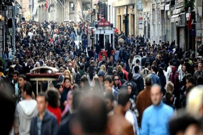 İstanbulluların yüzde 44'ü 2021'in geçen yıla göre daha kötü olacağını düşünüyor