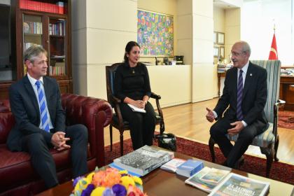 İsviçre'nin Türkiye Büyükelçisi Jean Daniel Ruch, Kılıçdaroğlu'nu ziyaret etti