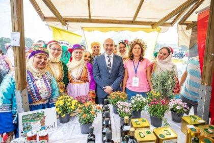 İzmir Büyükşehir Belediyesi, bu yıl üretici kooperatiflerinden 130 milyon liralık alım yaptı