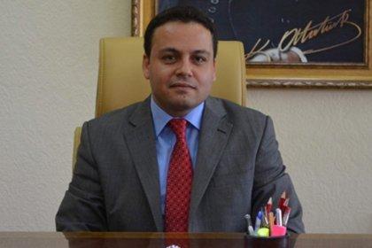 Kars Vali Yardımcısı FETÖ'den açığa alındı