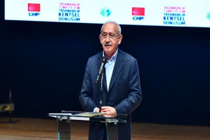 Kılıçdaroğlu: Bütün engellemelere rağmen belediye başkanlarımız tarih yazıyor