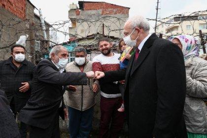 Kılıçdaroğlu İstanbul'da ev ve mahalle ziyareti yaptı